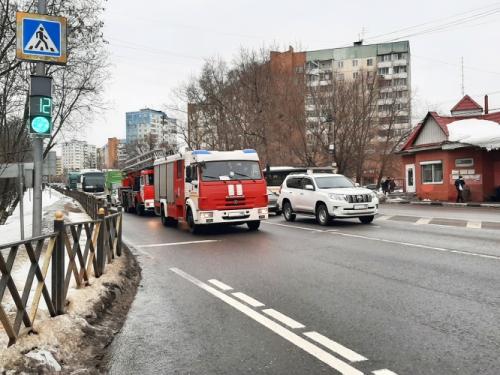 Красногорские пожарные возвращаются с вызова